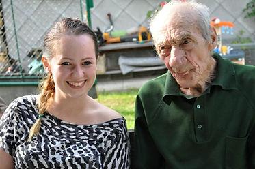Ludvik Stoklasa s vnuckou Jitkou.jpg