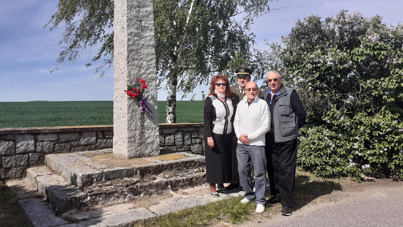 Pomník posledního výstřelu.jpg