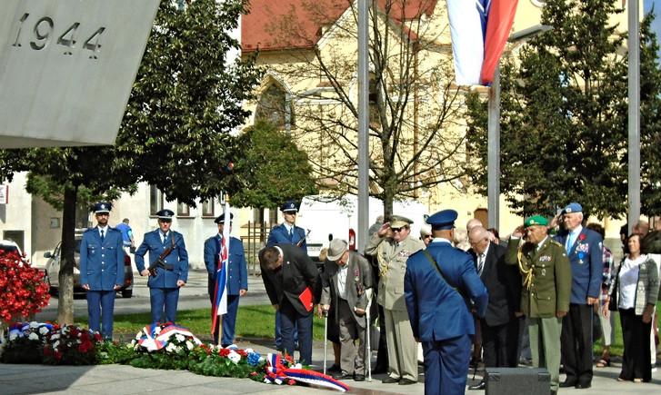 Oslavy_SNP_Zvolen_-_Bánska_Bystrica_(1)