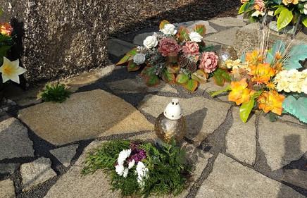 12. kytice u pomniku Polen lager, byl na