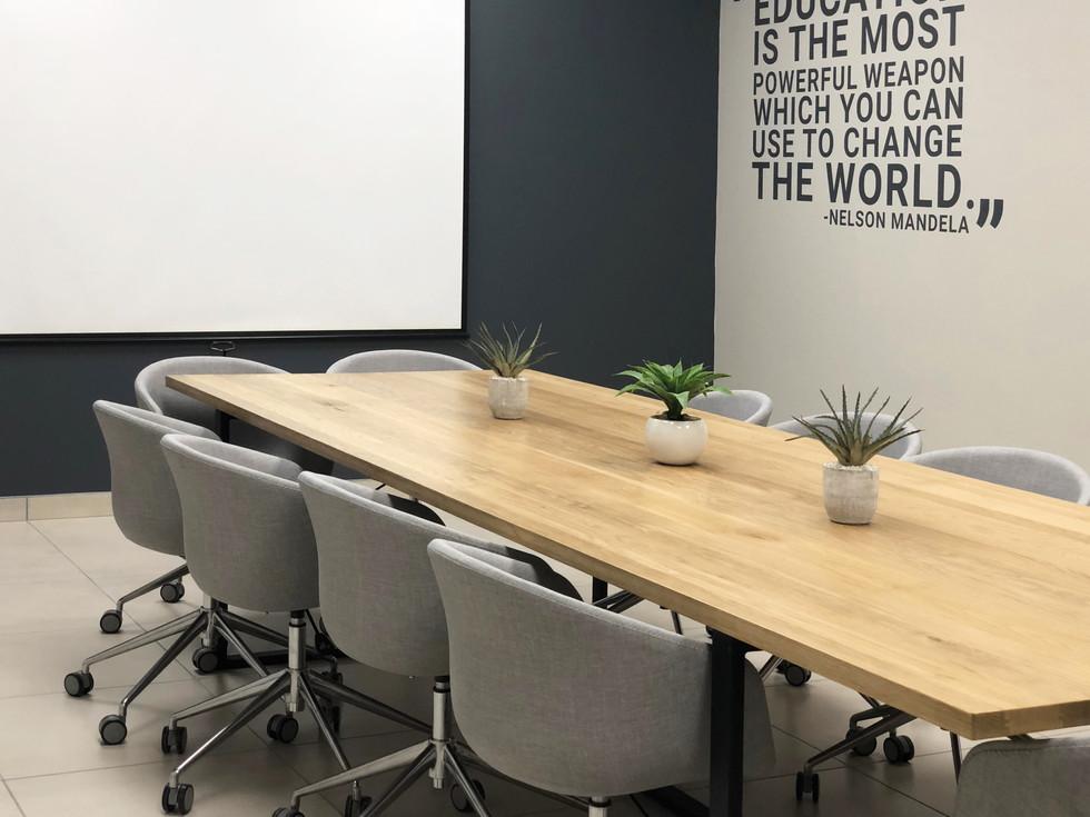 EDIT Boardroom Corporate Interiors (6)1.