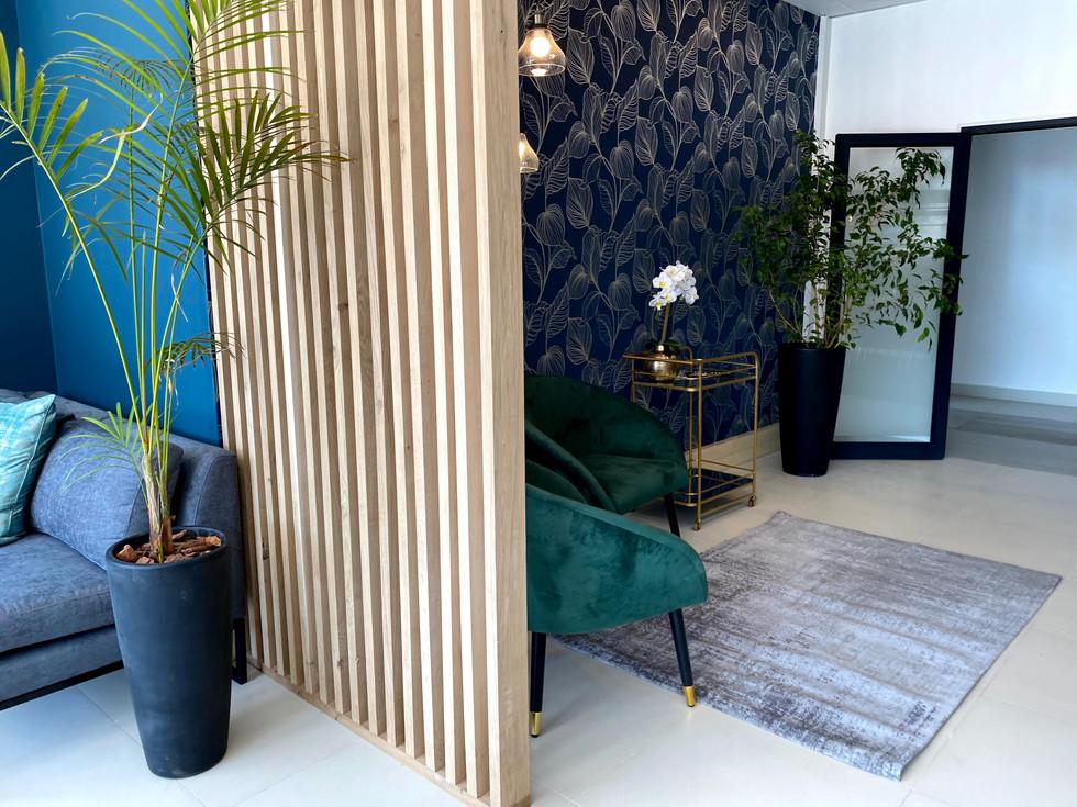 Investalot Office Interior (18).jpg