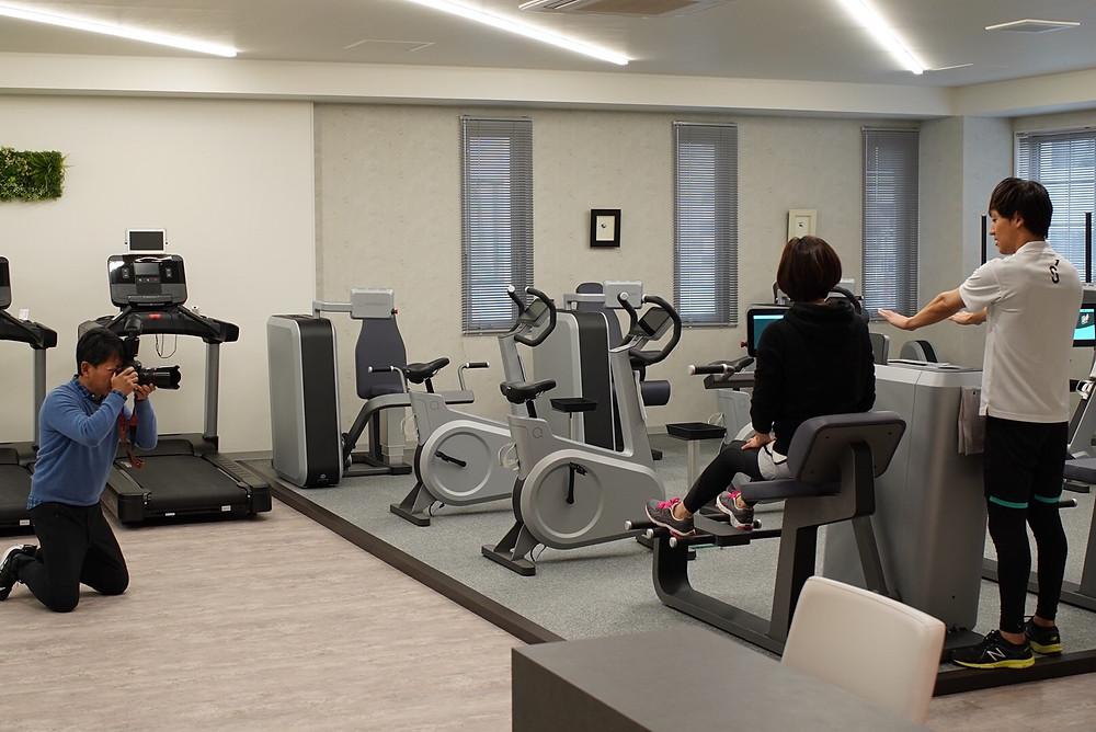 NASSE熊本スタッフの肩が実際にSINKA GYMのmilonサーキットトレーニングと、医療機器による健康チェックと、健康運動指導士によるカウンセリングを体験されました。