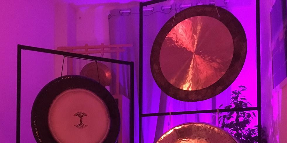 Bain de gongs et nouvelle lune