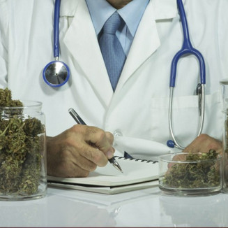 marijuana-doctor-privacy-insurance-800x4