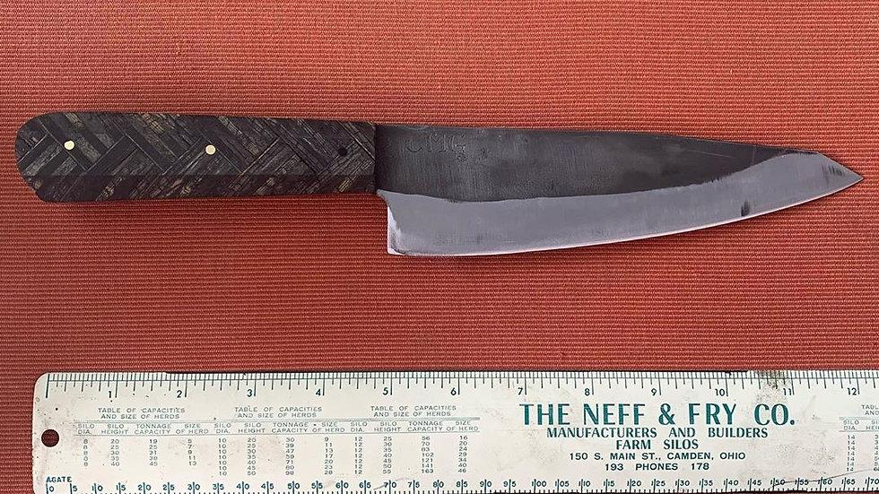 Herringbone knife