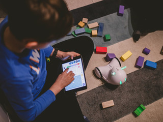 Storytelling With Photon Robot
