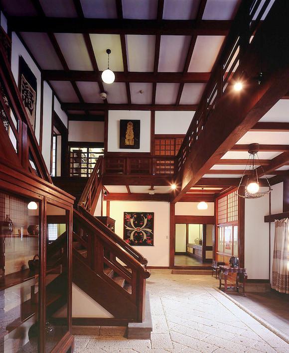 CC's Japan Guide: Japan Folk Craft Museum (Tokyo)