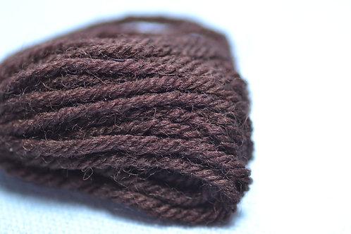585 Brown Groundings