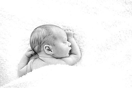 Sleeping%20Newborn_edited.jpg