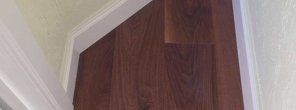 Closet base trim