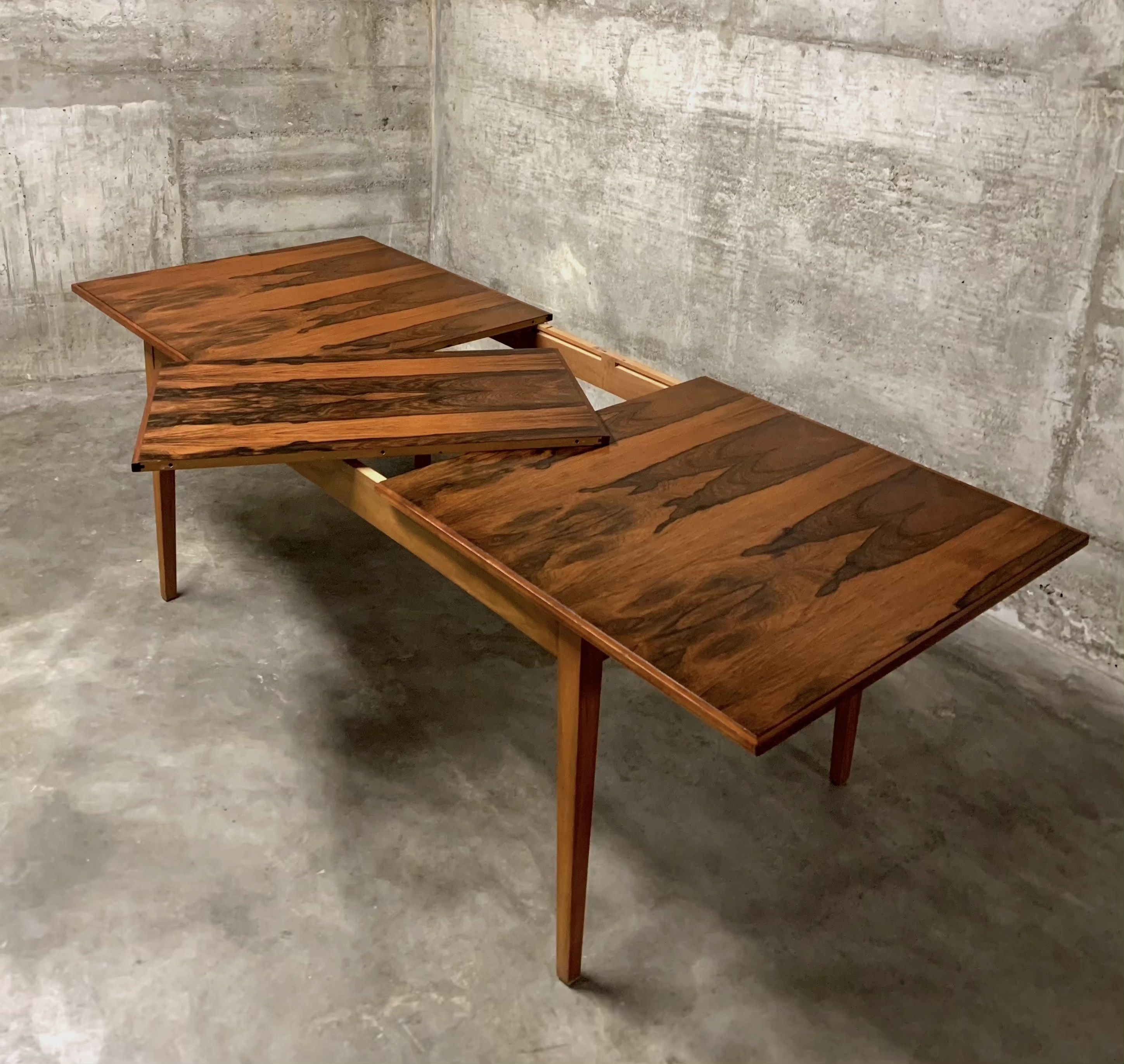 Palisander Dining Table