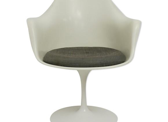 Pair of Tulip Armchairs by Eero Saarinen for Knoll International