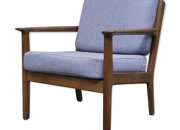 Hans J. Wegner GE-265 Oak Armchair