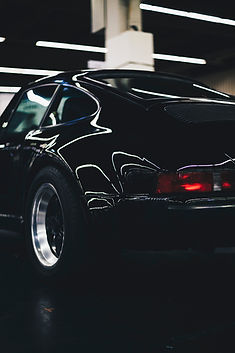 lights-car-porsche-vehicle-1729993.jpg