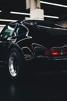 lights-car-porsche-vehicle-1729993.jpg