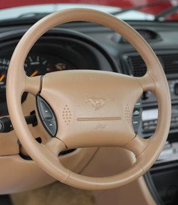 Ford Mustang GT 95 - Restauração Completa