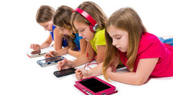 children-smartphone-tablet-screens