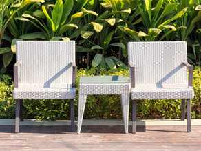 HOW TO DISPOSE OF OUTDOOR FURNITURE YOU NO LONGER NEED