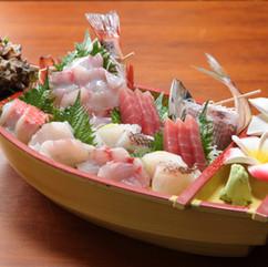 別注の舟盛り(6500円~)