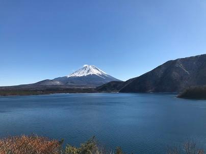 富士山を見に行った。