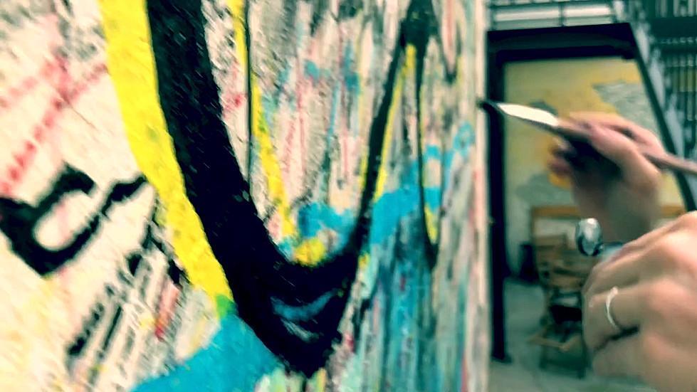 "Vnitroblock Mural - ""New Kid On The Block"""