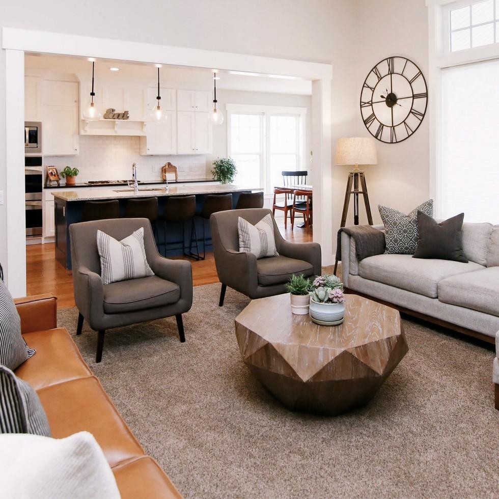 Anya's Decor: A&E Home