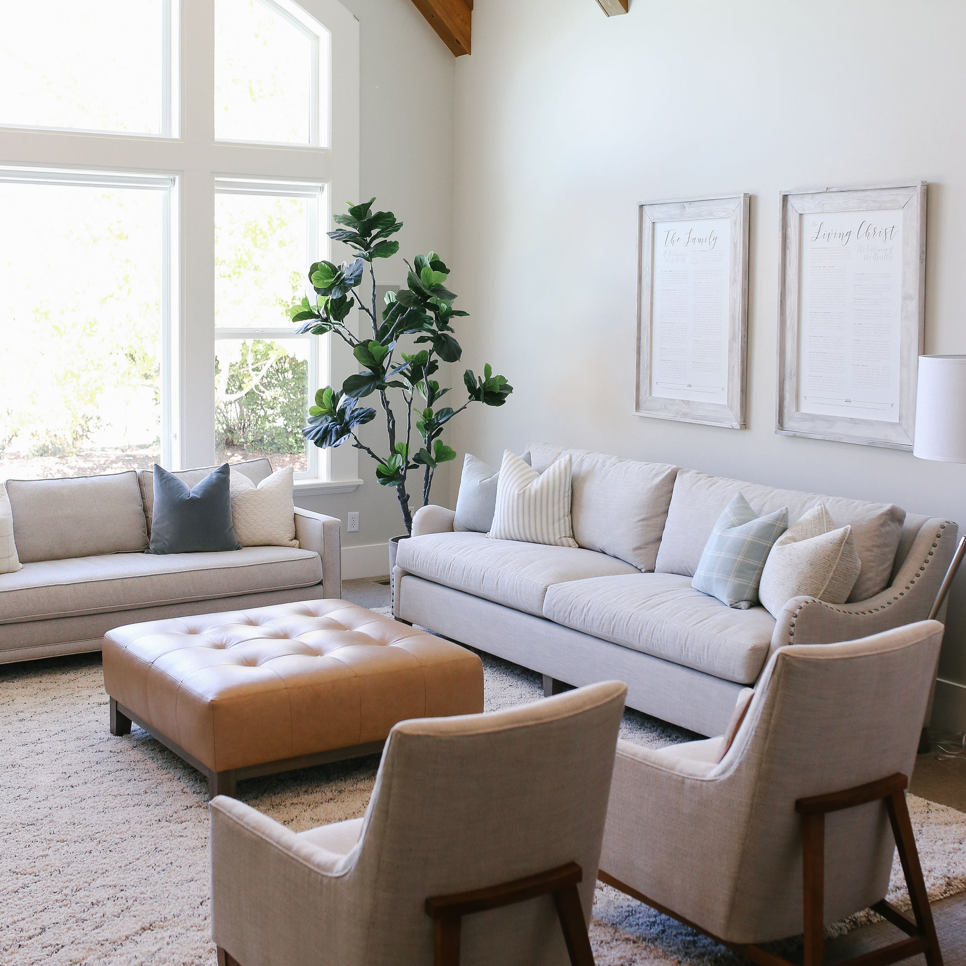 Anya's Decor: E&C Home