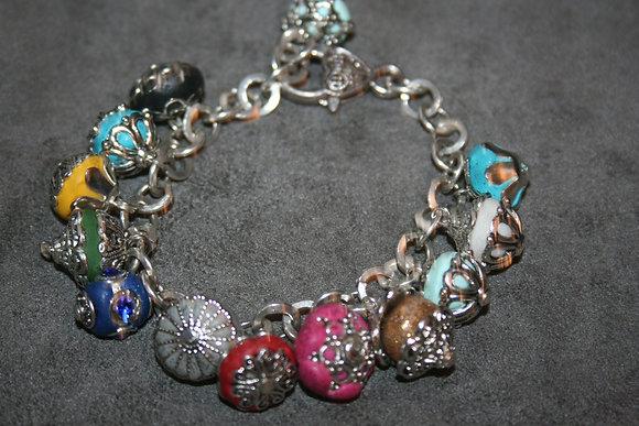 bracelet breloques multicolores