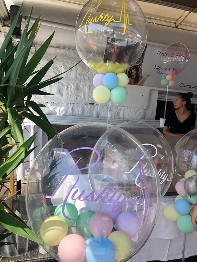 Ballon bubble 61 cm + ballon 5 pouces