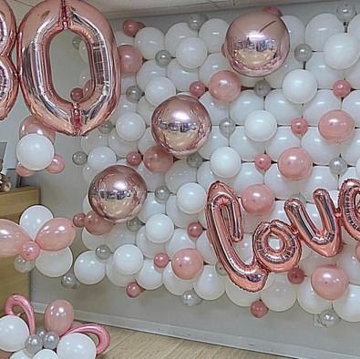 Mur de ballons Blanc et rose