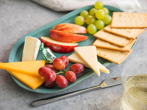 Alaska Airlines Expands First Class and Main Cabin Meals, Snacks and Drinks