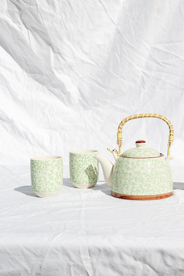 Teapot set- Green Vine