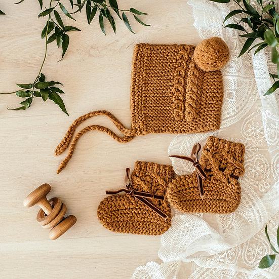 Bronze Merino Wool Bonnet & Booties Set