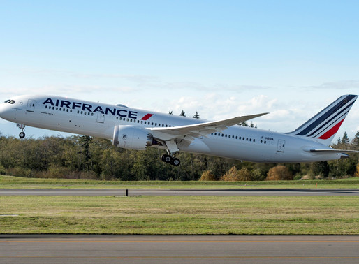 Air France Receives Their Tenth and Final Boeing 787 Dreamliner at Paris-Charles de Gaulle