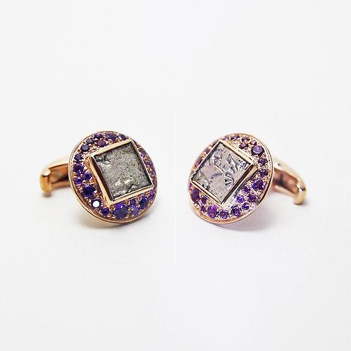 Iolites and Amethysts  堇青石,紫水晶
