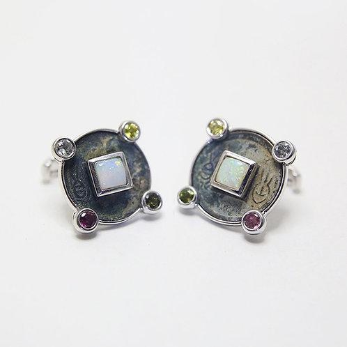Opal  - October  十月 - 猫眼石