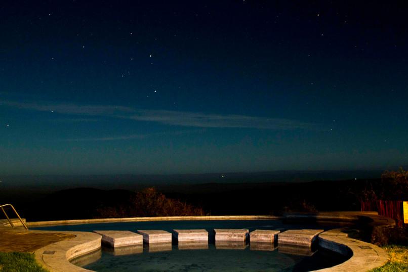 Pool MoonLR.jpg