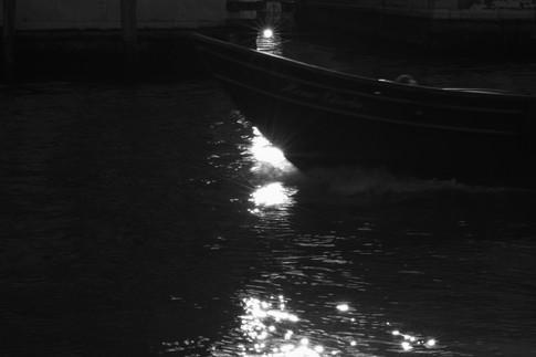 reflective gondola.jpg
