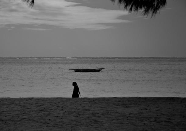 Massia Worrier on the beach_1024.jpg