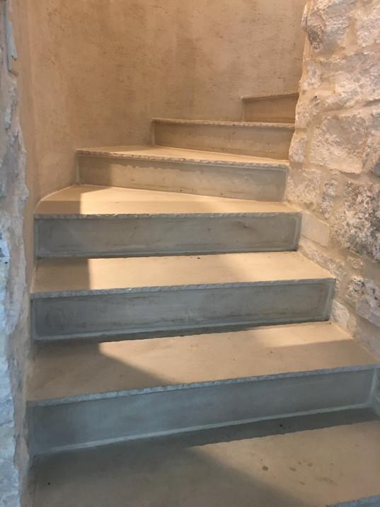 Limestone Stair Treads