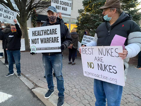 Northern NJ Local Members Join Anti-Nuke Vigil