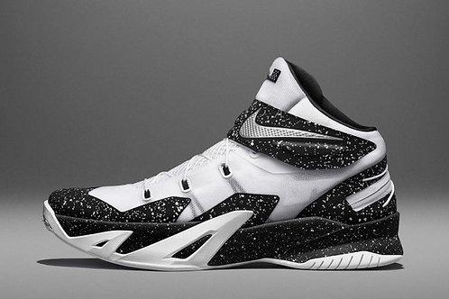 Nike Zoom LeBron Soldier 8 FlyEase