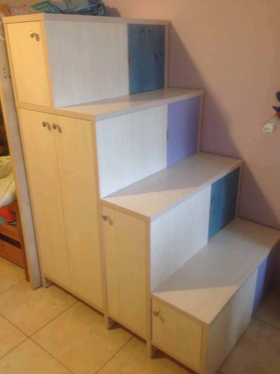 מדרגות אחסון.jpg