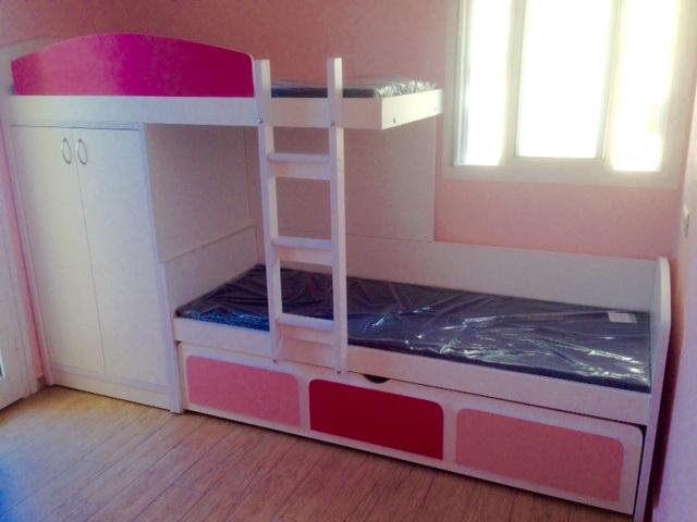 מיטת רכבת עם ארון.jpg