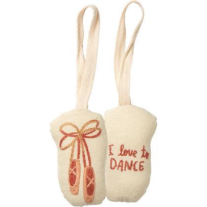 Ornament - Dance