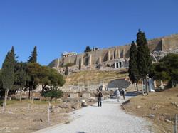 ai piedi dell'Acropoli