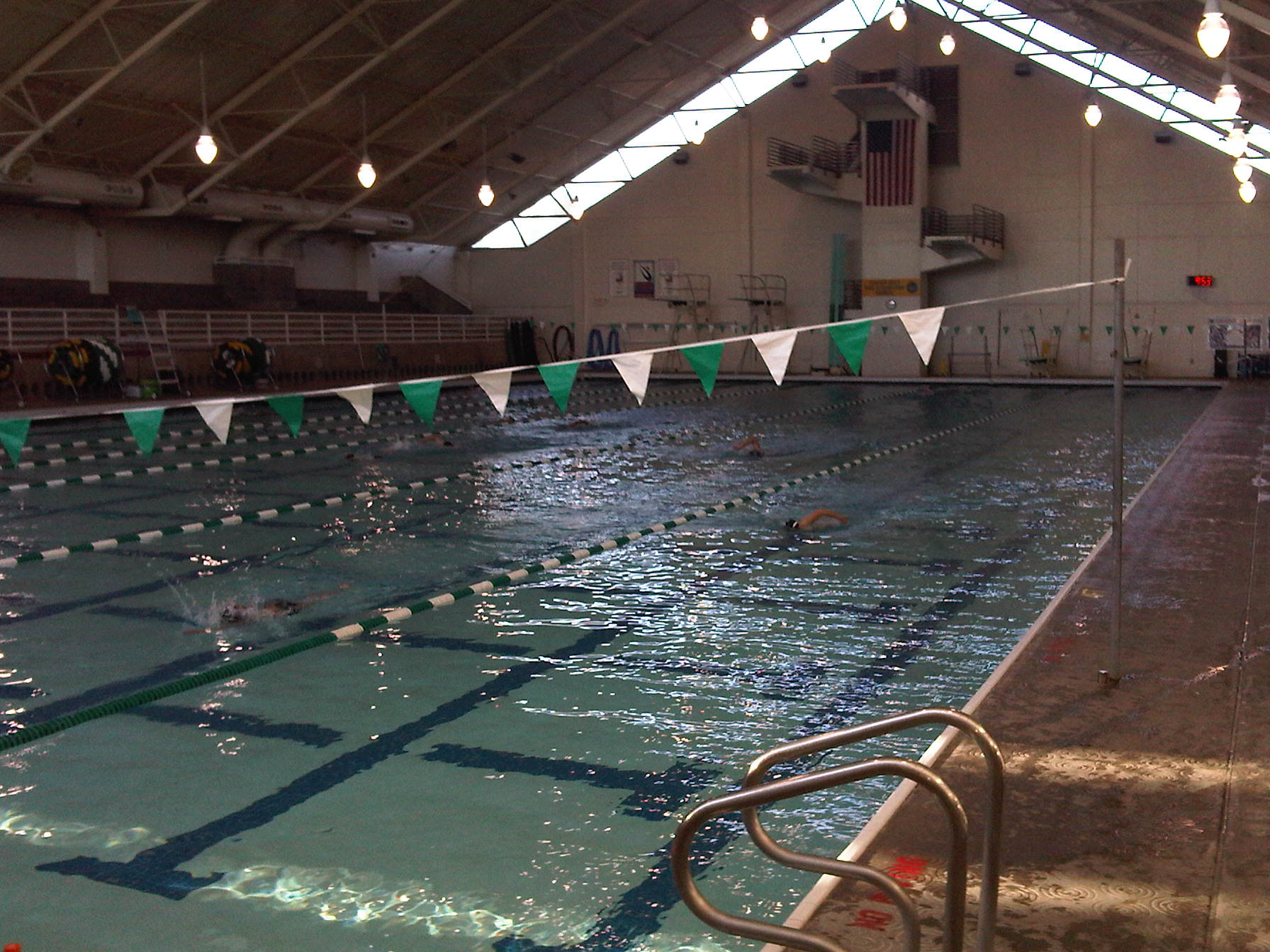 Tualatin Hills Aquatic Center (OR)