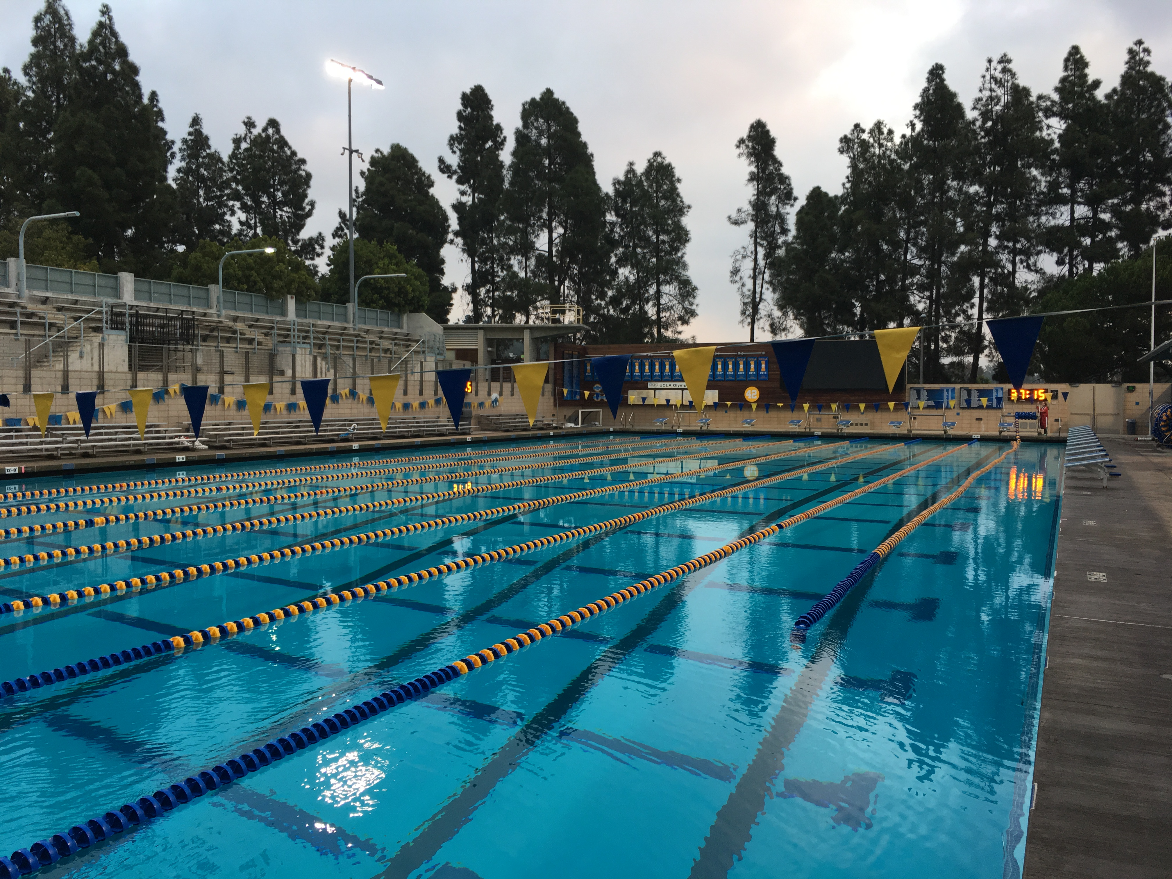 0320 - UCLA Dirks - Spieker Aquatic Center