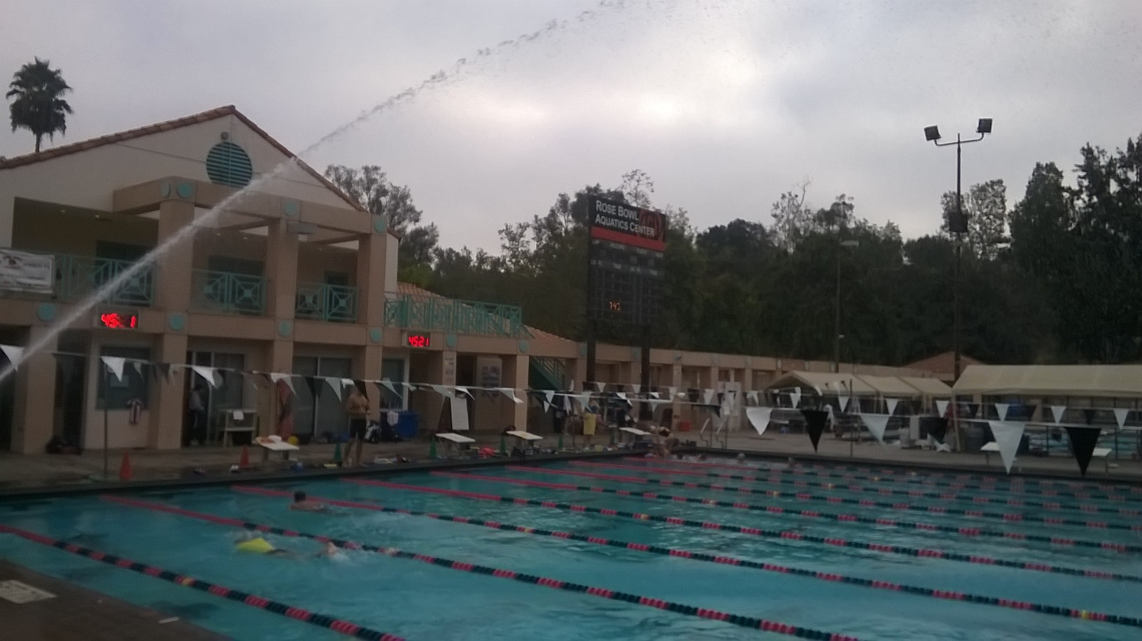 0253 - Rose Bowl Aquatic Center (Pasadena)